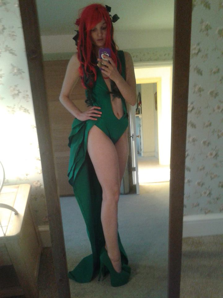Poison Ivy try on by GagaAlienQueen