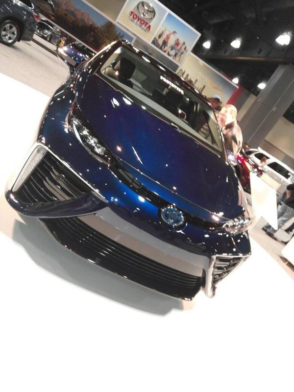 Toyota Mirai by AVpuppy