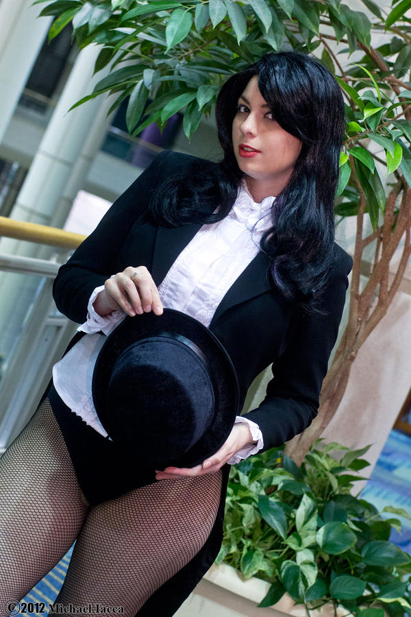 Zatanna Zatara 3 by Insane-Pencil