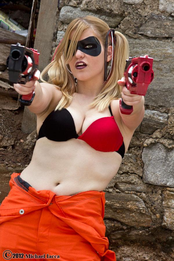 Harley Quinn 26 by Insane-Pencil