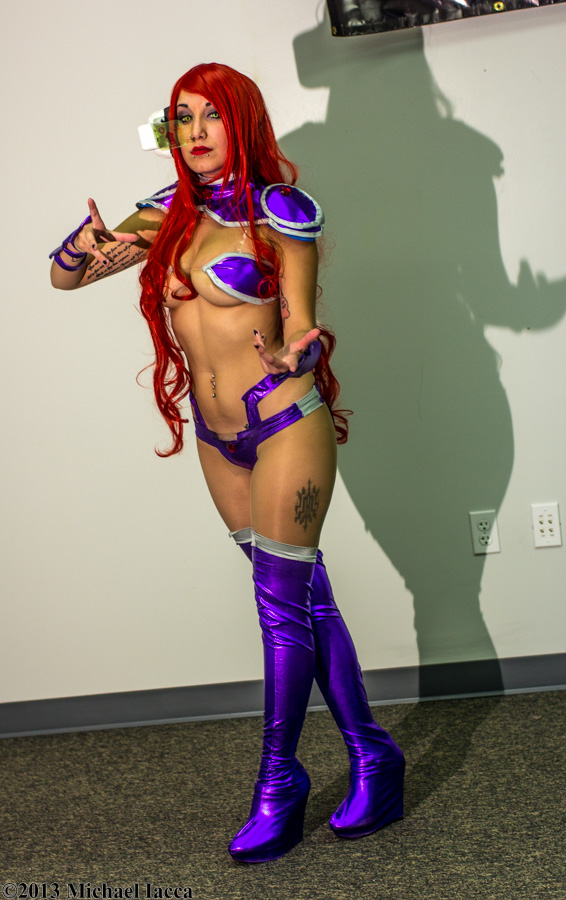 Starfire 14 by Insane-Pencil