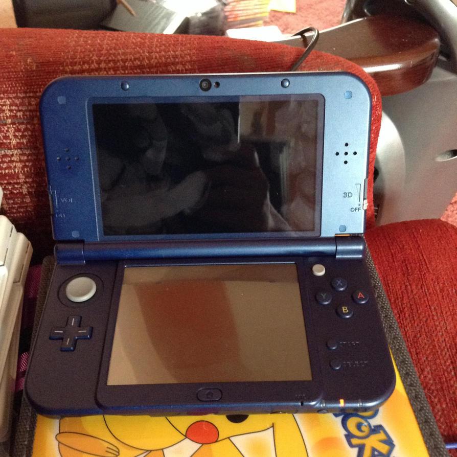 New Nintendo 3DS XL by deborahsimpson86