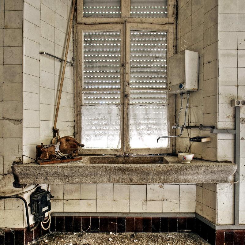 Sink by stengchen