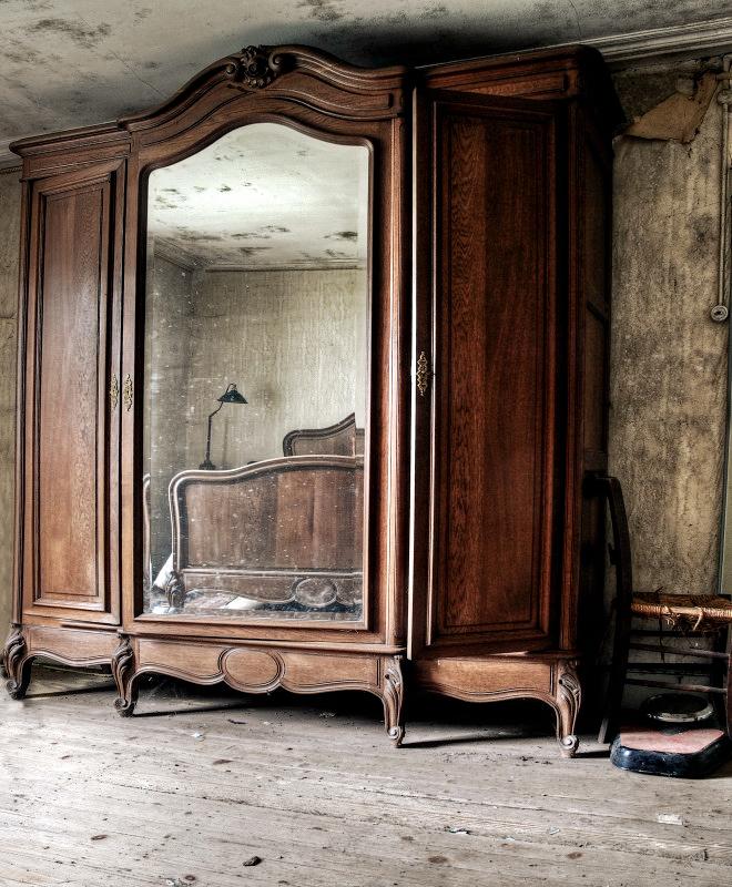 Mirror image by stengchen