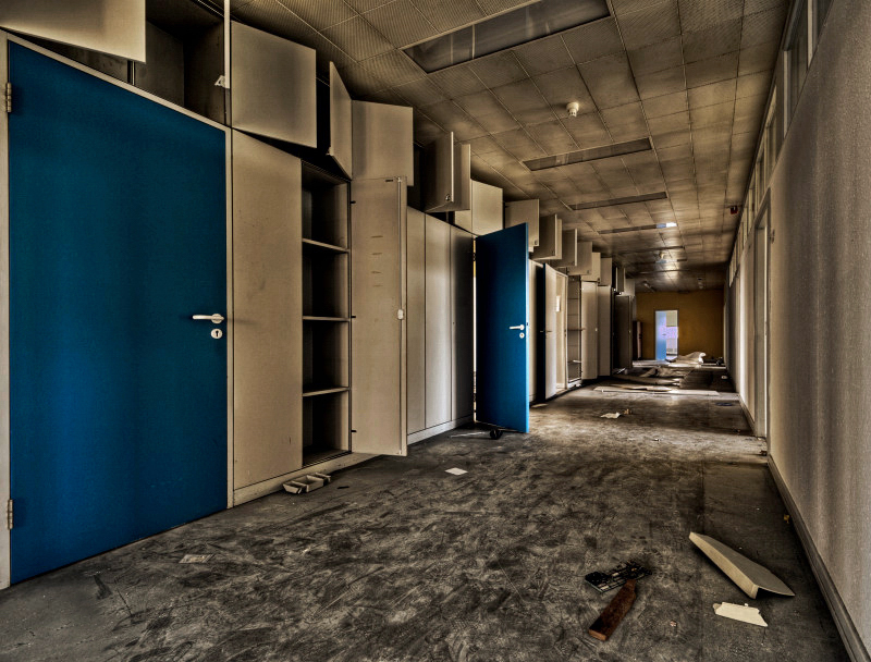 Blue Doors by stengchen