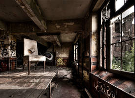 The White Chair by stengchen