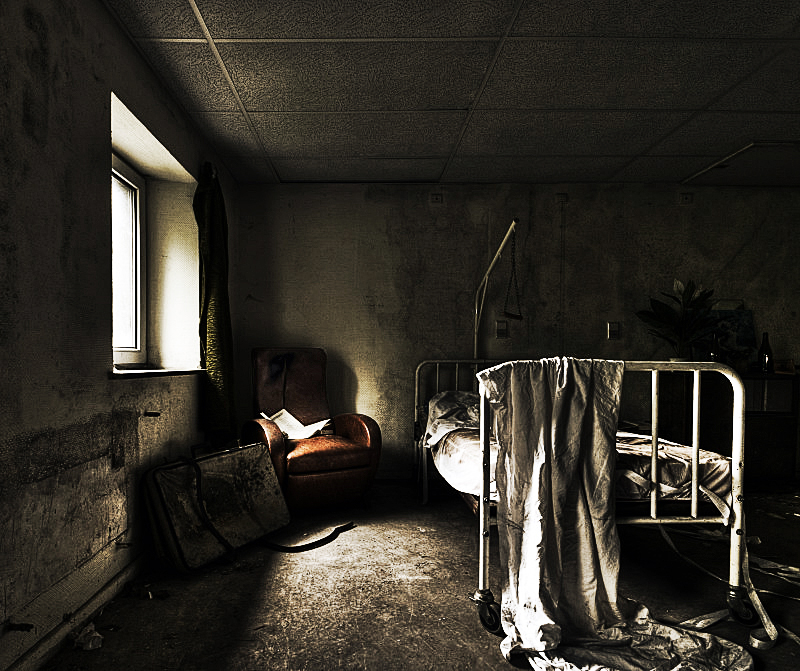 Sickbed by stengchen