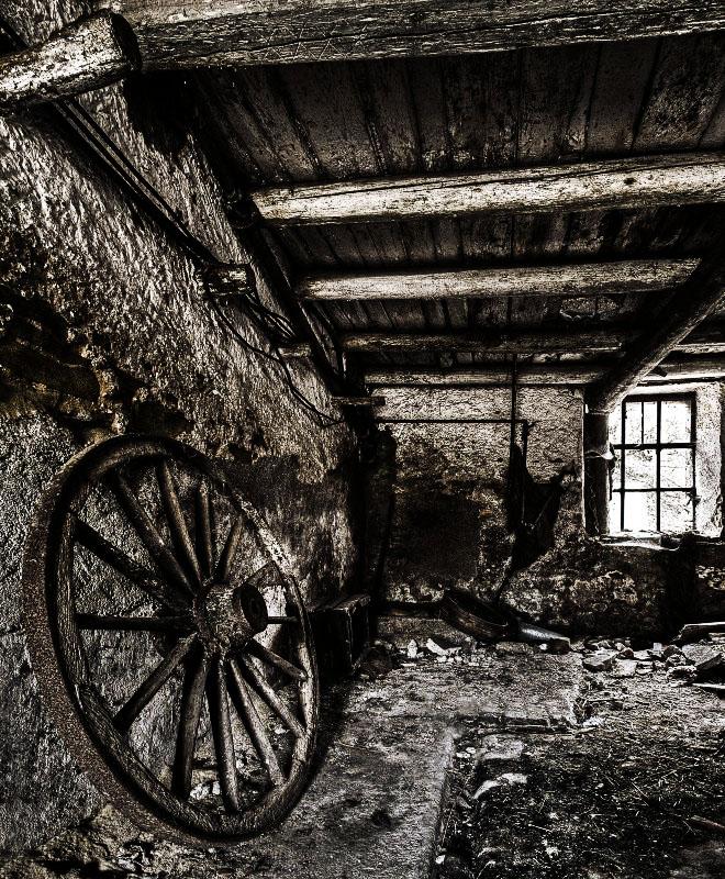 Wooden Wheel by stengchen