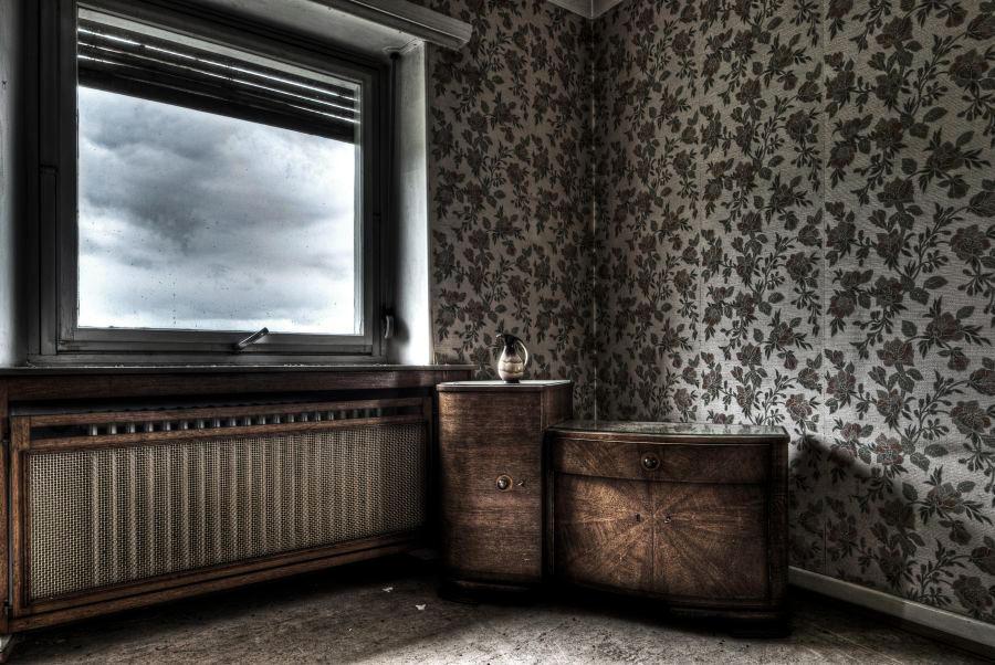 Silent Corner by stengchen