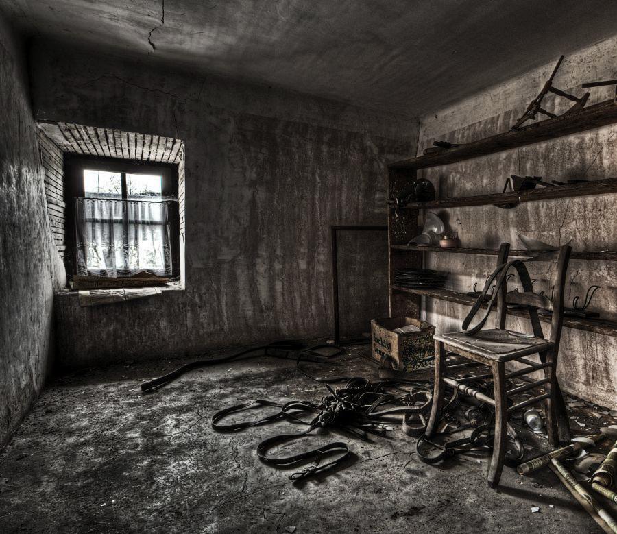 Storeroom by stengchen