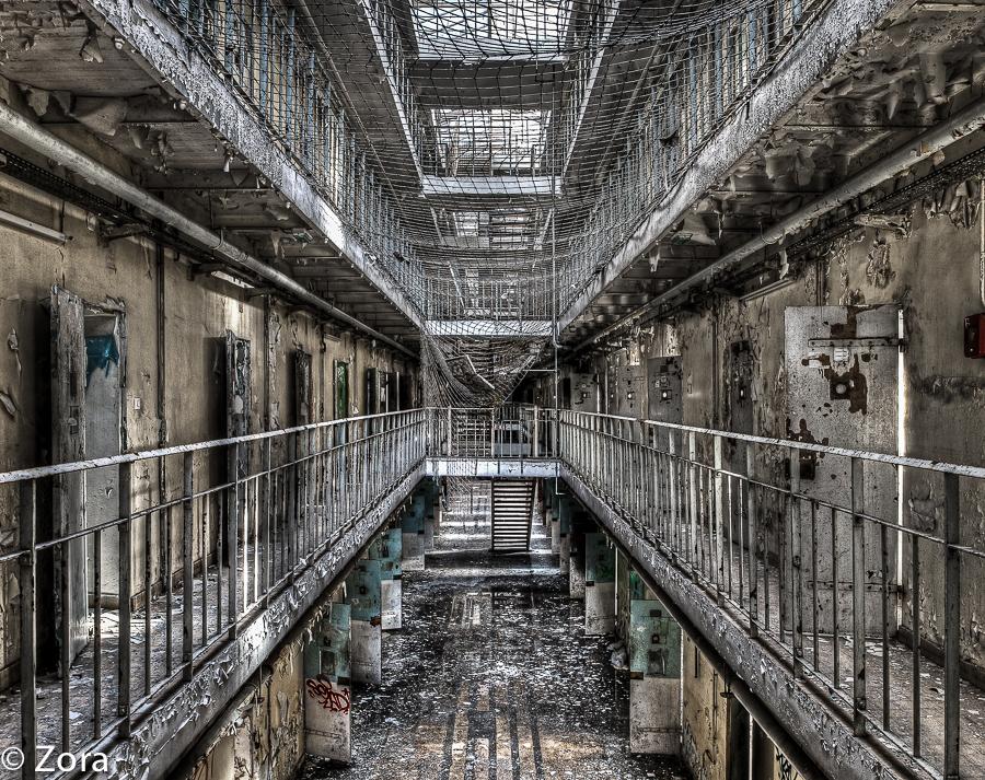 The Last Escape by stengchen