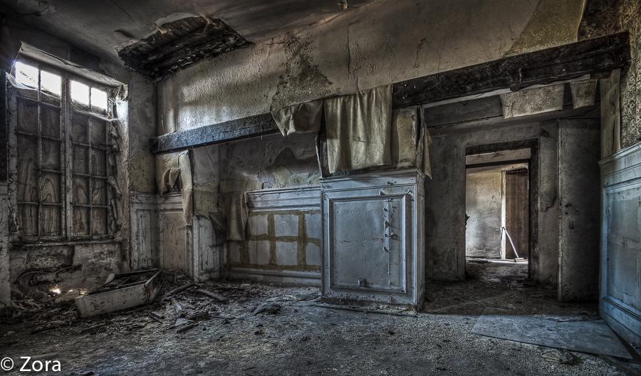 Dark Room by stengchen