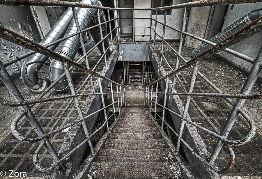 Prison Stairs by stengchen