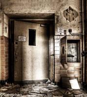 The Elevator by stengchen