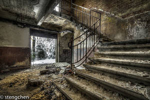 Frozen Stairs by stengchen