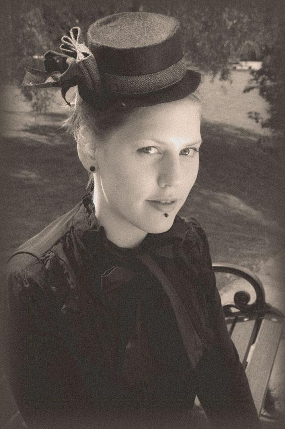 Victorian Portrait by SeleneChoiseul