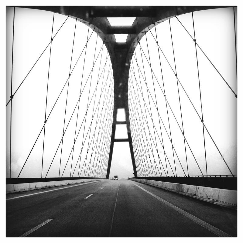 the Bridge by esistrot