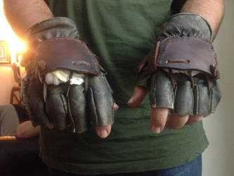 Heavy Combat Sparring Gloves by omardumore