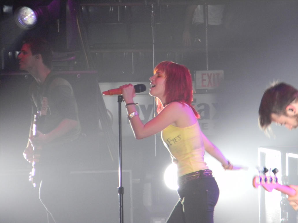 Hayley Williams Live by