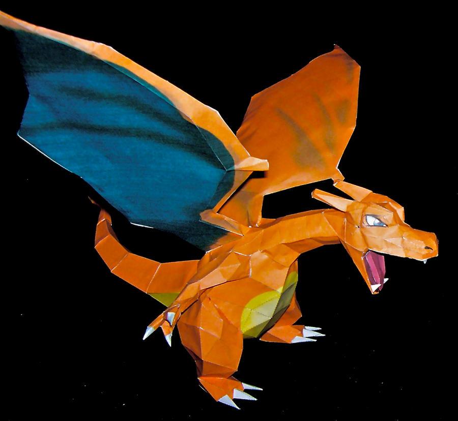 Pokemon Papercraft Charizard