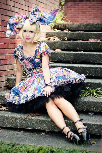Alice Alternative by dolldelight
