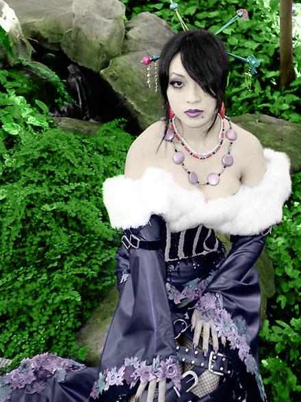 Yaya Han as Lulu-hand tint-fin by xXxYamixXxYumexXx