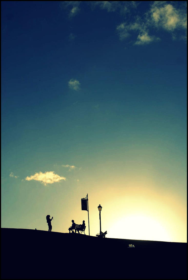 waiting for sunset by chineserocker55