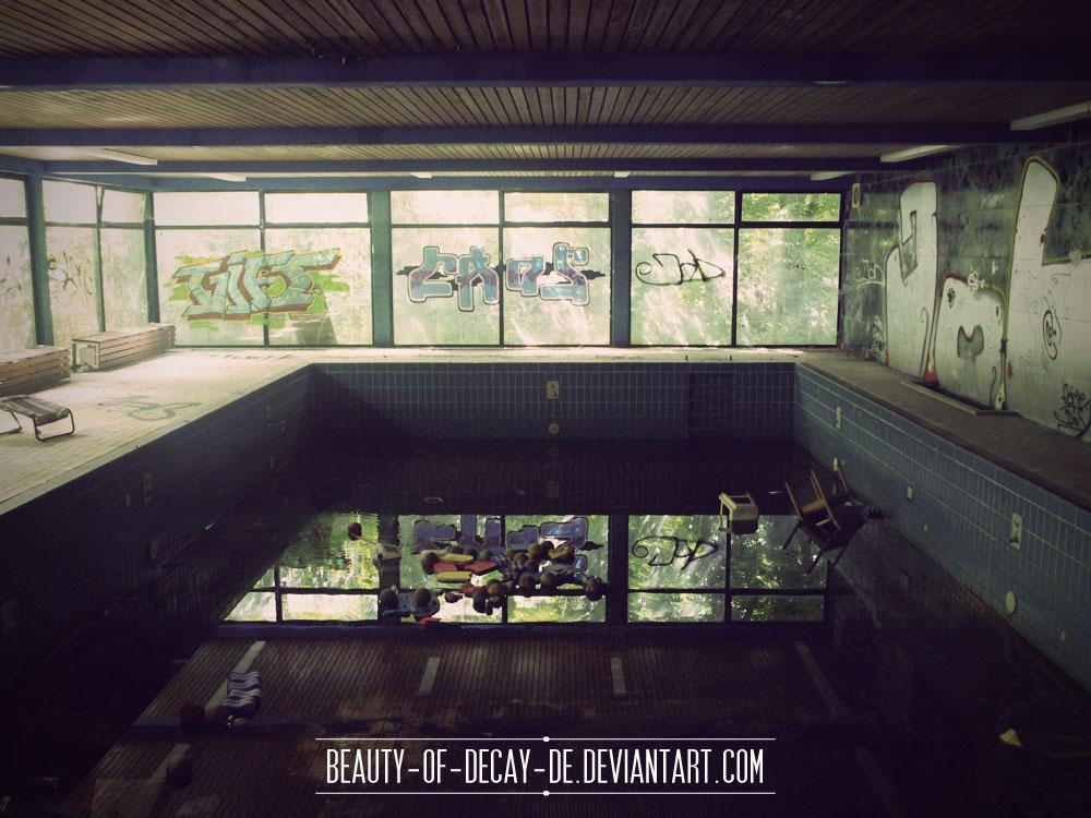 Former Hospital Hotel V by Beauty-of-Decay-de