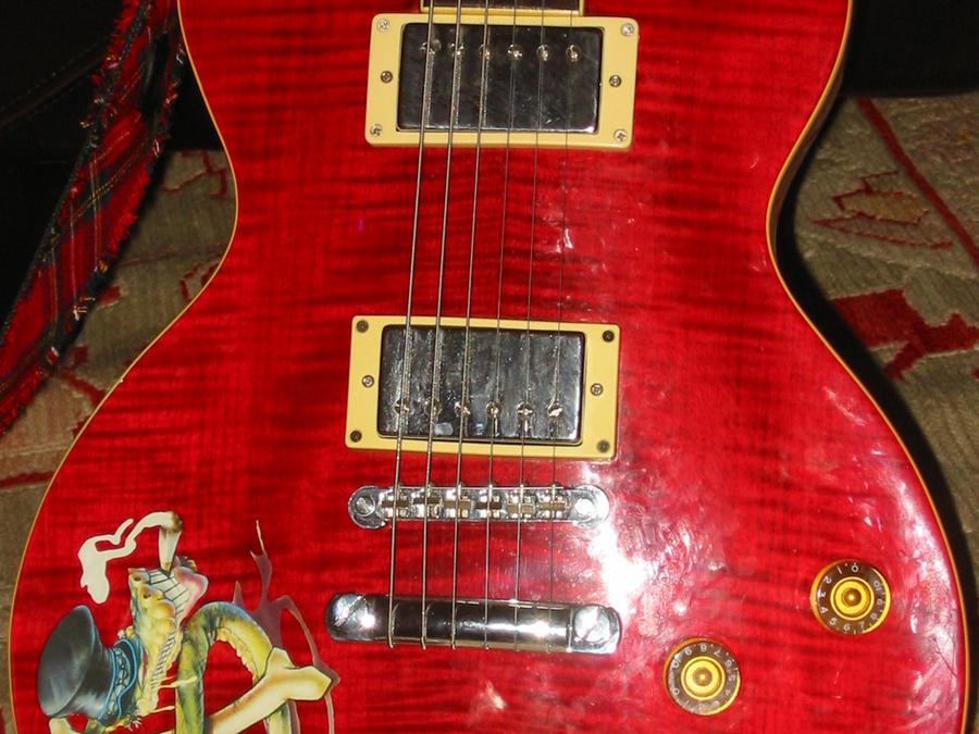 My Guitar by Kiltwearer