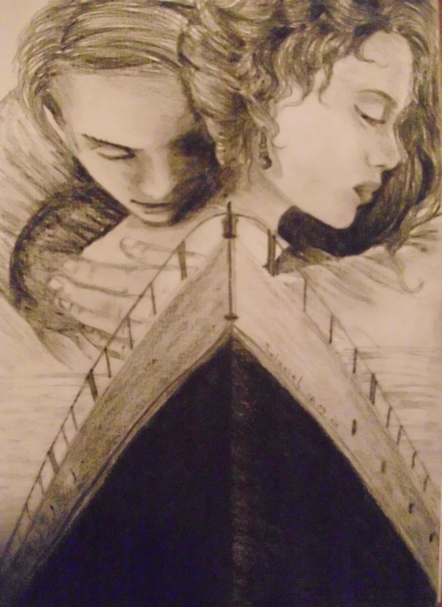 Titanic Rose Poses For Sketch Traffic Club