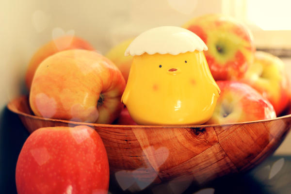 Apple and chick by Mik2mei
