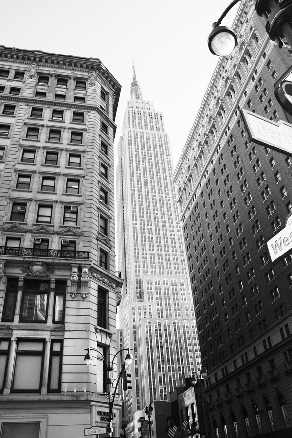 The Empire State Building by broodyblue-eyes