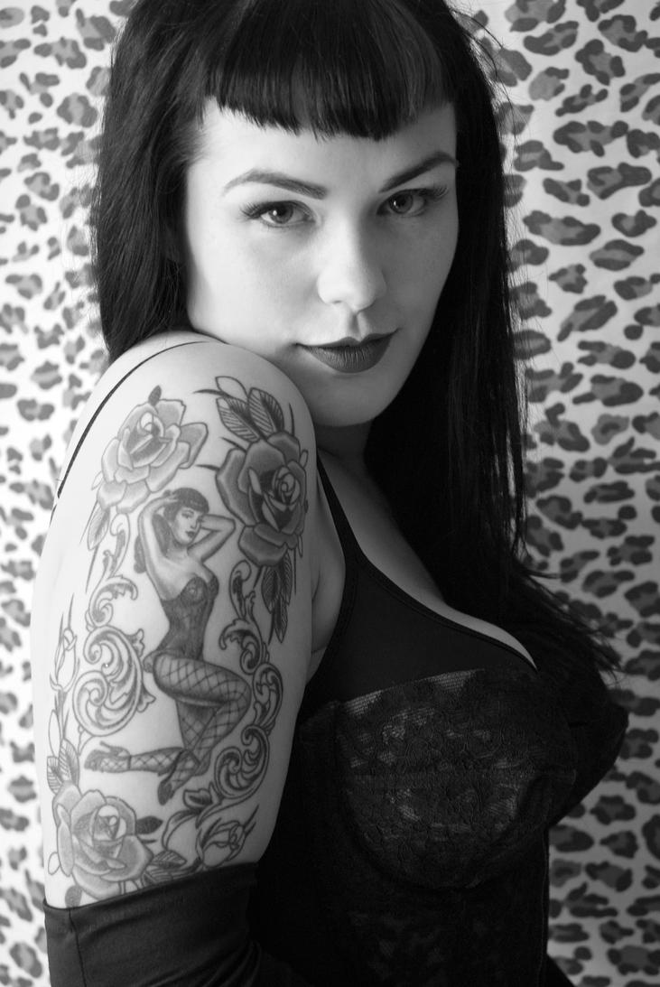 vintage bettie page tattoo 98743jpeg picture images frompo. Black Bedroom Furniture Sets. Home Design Ideas