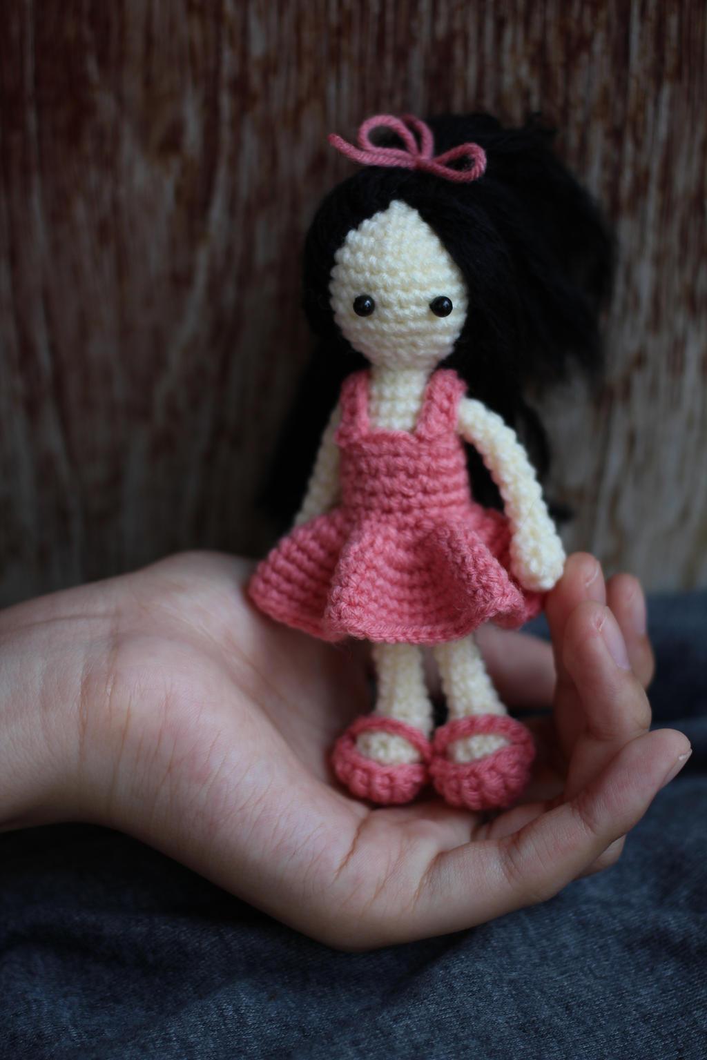 Mini girl doll crochet by palidas on DeviantArt