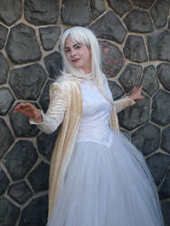 White Queen Cosplay by NaomiFan