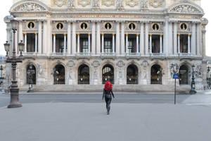 Paris Opera - Black Widow cosplay