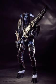 World of Warcraft (Draenei Warrior) 11