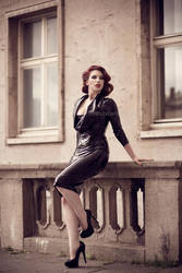 Berlin pin-up- Roswell Ivory by Roswell-Ivory