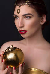 Golden fruit- Roswell Ivory