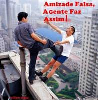 Amizade falsa by BiancaPeres