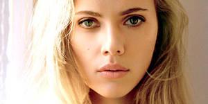 Scarlett Johansson Hypnotizes You! (Swagsurfer)