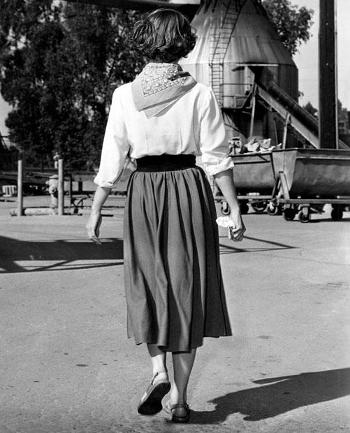 Joanne Dru-back-1952 by slr1238