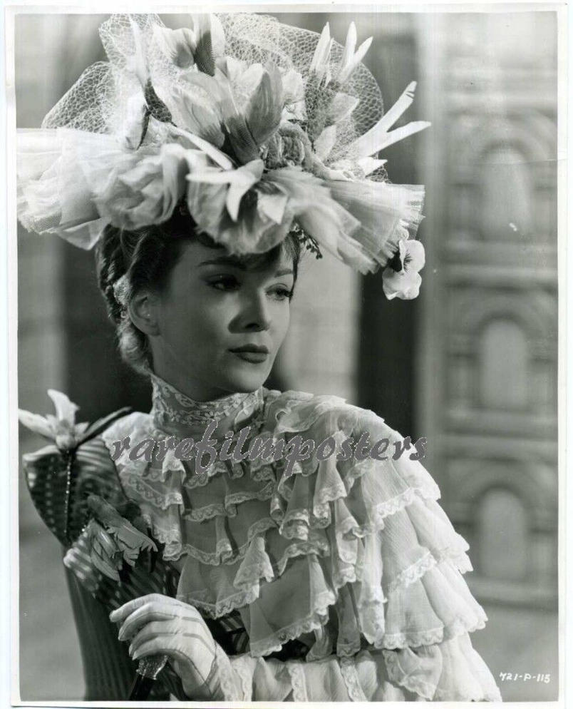 joan greenwood kind hearts and coronets