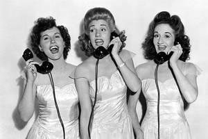 Andrews Sisters 'hello,hello,hello'