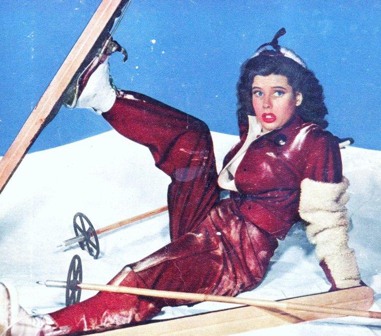 Gloria Dehaven 'ow!' by slr1238