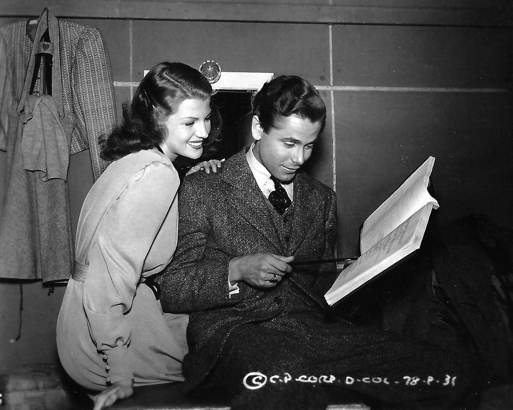 Rita Hayworth and Glenn Ford by slr1238