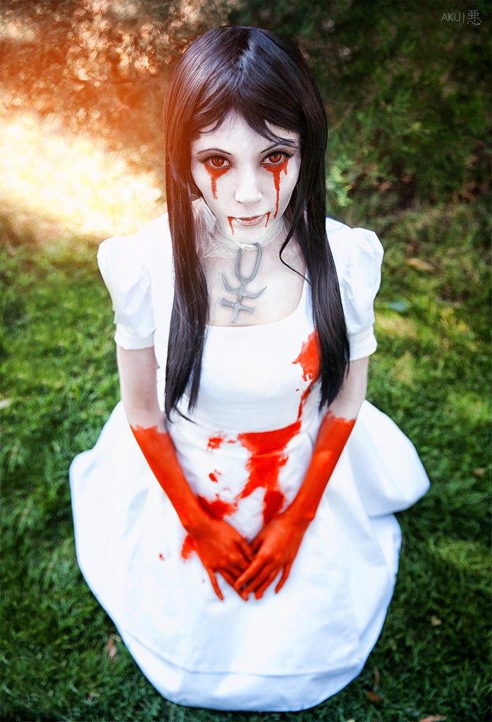 Alice hysteria by xVenya