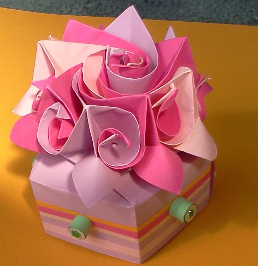 Подарки на день рождения своими руками из бумаги видео