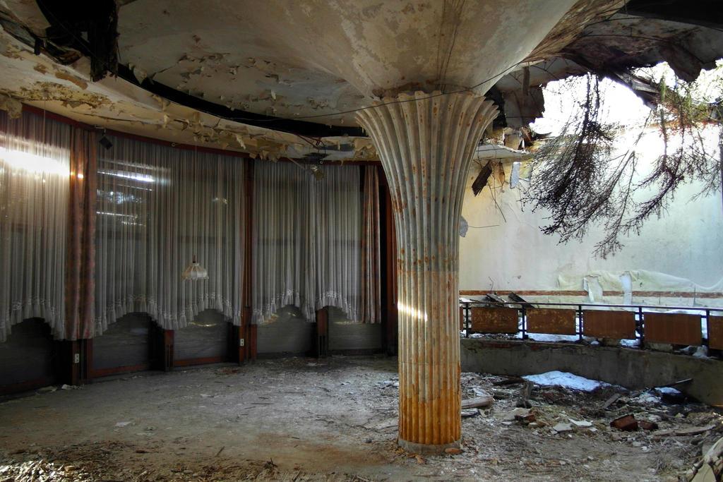 The lounge by SimonGresko