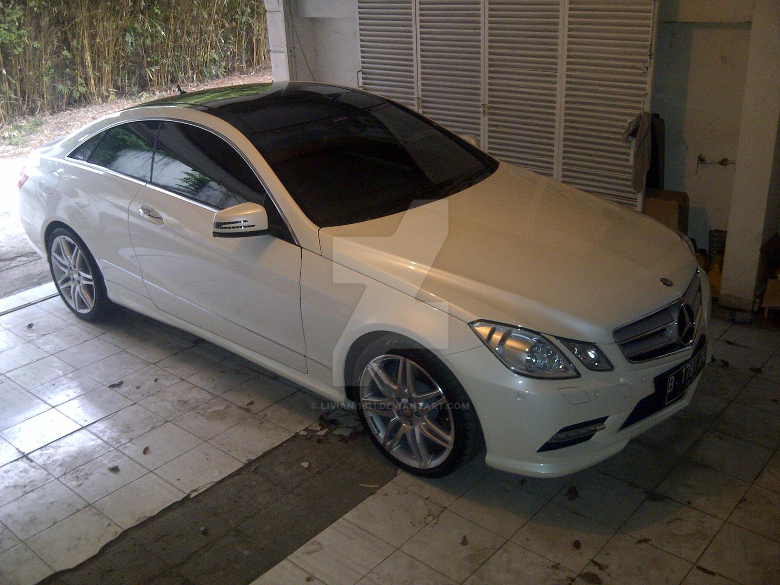 Mercedes benz e250 coupe by liviani1611 on deviantart for Mercedes benz e250